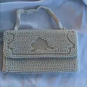 Vintage perfect Beaded pearl purse Small White